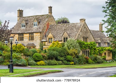 Old style city of Chipping Campden in The Cotswolds know as Area Of Outstanding Beauty (AONB), England, United Kingdom, Europe