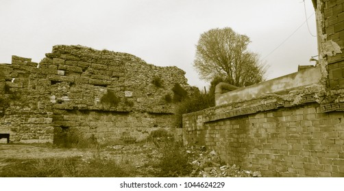 Old style photo of Side ruins