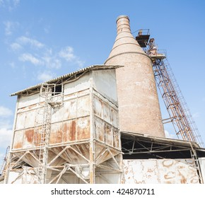 Old system with furnace and silos, for lime production.