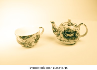 old teapot, teapot with beautiful drawing, isolated, series