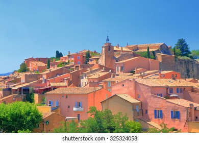 Old town of Roussillon with ochre painted buildings in Provence-Alpes-Cote d'Azur district, France
