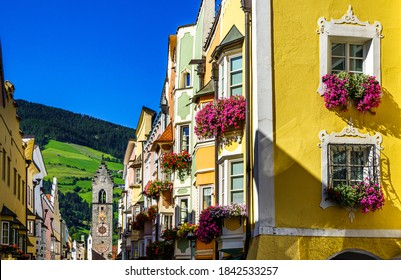 old town of Sterzing in Italy - photo