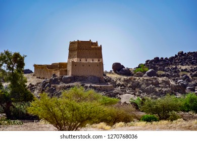 Old traditional house in the top of hill near to Abha city