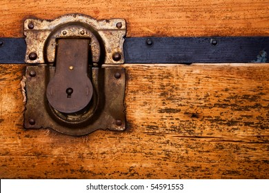 Old trunk with the rustic lock