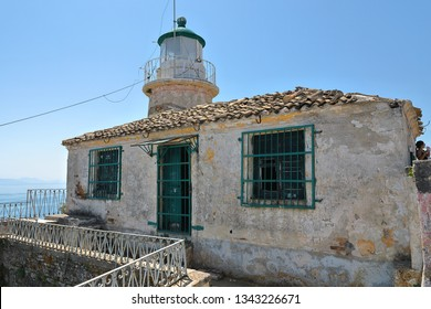 Old Venetian Warrior Lighthouse of the Old Fortress of Corfu, Kerkyra, Corfu Island, Greece, Europe In 1822, the Greeks built their country's first stone lighthouse, Paleo Enetiko Frouno.