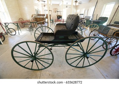 old vintage horse carriage