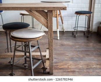 Sgabelli bar stock photos images photography shutterstock