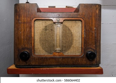 Old vintage radio pre world war II style
