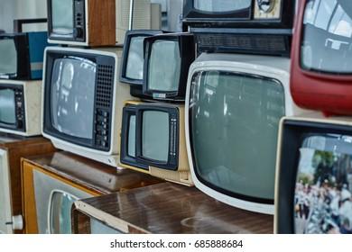 old vintage television set old vintage television set
