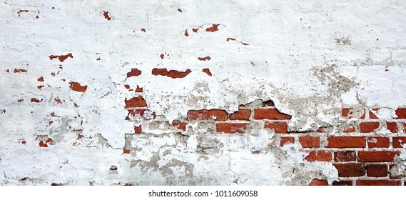 Old Vintage White Washed Wall Of Red Brick. Whitewashed Brickwall Texture And Grunge Stonewall Background. Shabby And Rough Plaster Wall Wide Wallpaper. Abstract WEB Banner