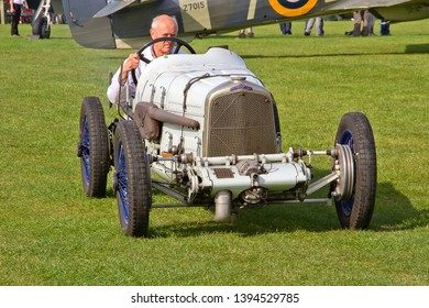 OLD WARDEN, BEDFORDSHIRE, UK – OCTOBER 5, 2014: A Halford Special vintage sports car, a Grand Prix racing car of the 1920s, participates in the vehicle parade at Old Warden airfield.