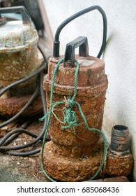 The old water pumps that rusty.