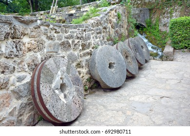 Old wheels from the mill