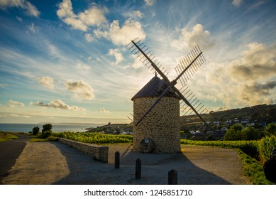 Old Windmill (Brittany)