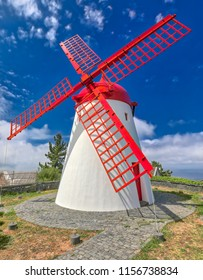 Old windmill Red Peak Mill in Bretanha (Sao Miguel, Azores)