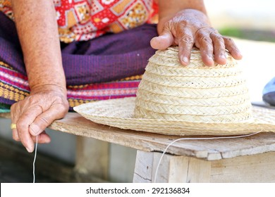 Old women are wicker, bamboo hat