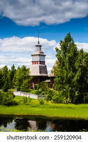 The old wooden church of Pet�¤j�¤vesi, Finland is on the Unesco world heritage list.