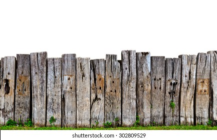 Attirant Old Wooden Fence In Garden With Plant