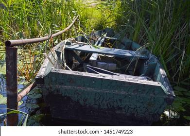 Broken Boat Images, Stock Photos & Vectors | Shutterstock