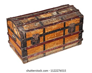 old worn trunk made by waxed canvas and wood with metal protection, isolated with clipping path