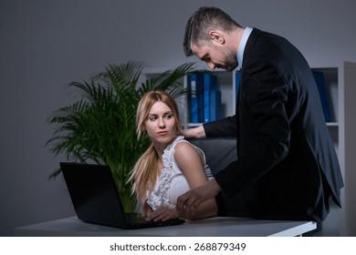 Dating Bossy kvinna