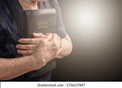 Older women is faithful to God and love God's word, aith concept