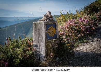 """The oldest Camino de Santiago in Spain - the """"Camino Primitivo"""" - leading from Oviedo to Santiago de Compostela (on the picture the old route from Borres via Hospitales to Berducedo)"""