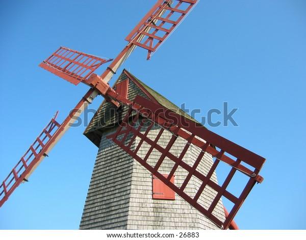 oldest working windmill in usa, nantucket island