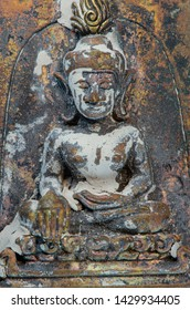 The olds metal  material amulet from Thailand,classic style ,Powerful .