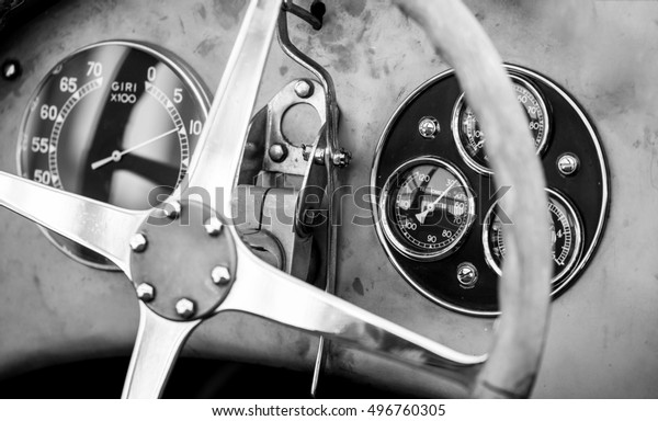 Old-timer race car dashboard - Black and White