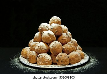 Oliebollen (Dutch doughnuts), traditional Dutch pastry for New Year's Eve