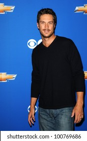 """Oliver Hudson at the CBS Fall Season Premiere Event """"Cruze Into The Fall,"""" Colony, Hollywood, CA. 09-16-10"""
