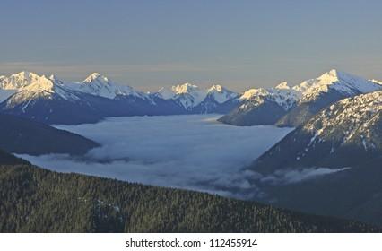 Olympic Mountain range, Olympic National Park, Washington, USA