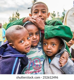 OMO, ETHIOPIA - SEPTEMBER 21, 2011: Unidentified Ethiopian children in the street. People in Ethiopia suffer of poverty due to the unstable situation