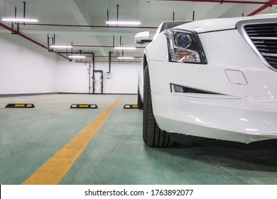 On October 29, 2018, a partial close-up of a car in the underground parking lot of Jiaxing Smart Technology Industrial Park, China