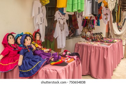 On the streets of Valle de Angeles, Honduras, you can find anything from colorful shirts to traditional dolls, from hammocks to exquisite leather purses.
