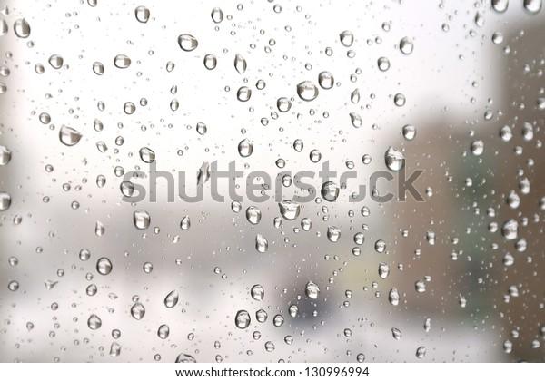 on-winter-raining-day-drops-600w-1309969