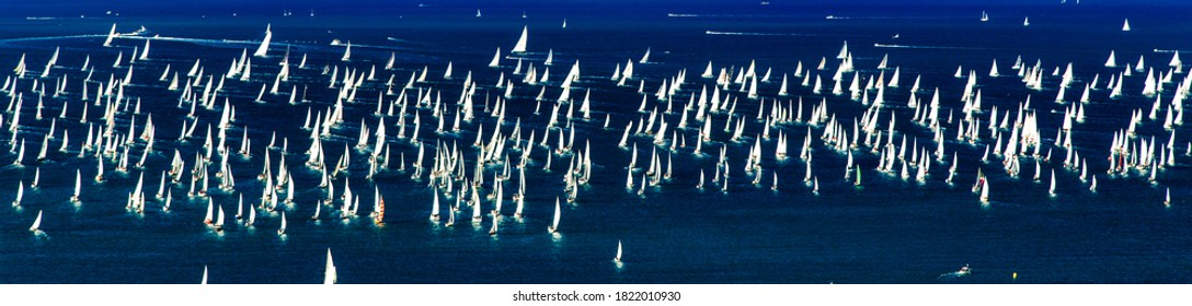 one of the biggest regatta in the world with more than 2100 boats: the Barcolana