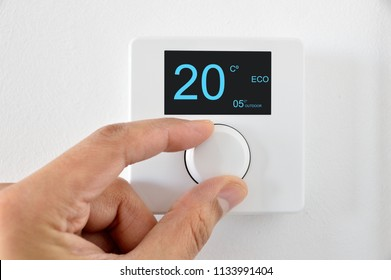 One hand adjust thermostat digital in celsius at home