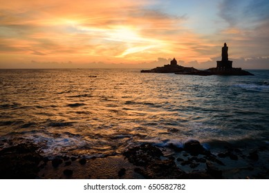 One of the iconic monuments in Kanyakumari, the Vivekananda Rock Memorial and Thiruvalluvar Statue is located hundred meters from the shore and is one of the major tourist attractions in Kanyakumari.