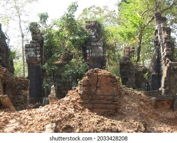 One of the Koh Ker archaeological site, Cambodia. - Shutterstock ID 2033428208