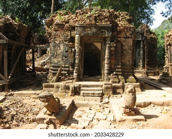 One of the Koh Ker archaeological site, Cambodia. - Shutterstock ID 2033428229