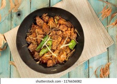 One of the most famous Pakistani cuisine, Chicken Karahi.
