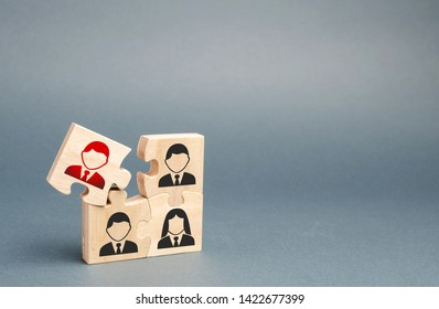 One of the puzzles is disconnected from the overall structure. puzzle with an incompetent and toxic Dismissal of employees, search for new fresh people to work or managerial positions. Management.