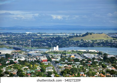 One Tree Hill - View From The Top - Auckland's view, New Zealand