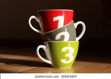 One two three - cups
