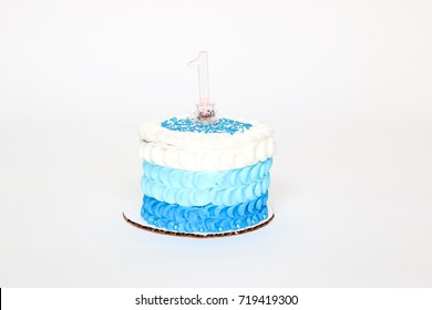 one year old birthday cake