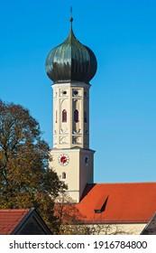 Onion dome of the church in Waakirchen, Upper Bavaria, Bavaria, Germany, Europe