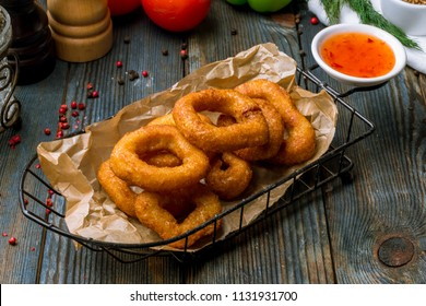Onion rings in batter