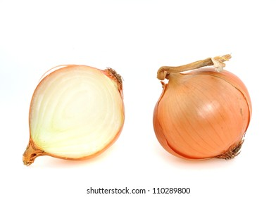 Onions in front of a white background